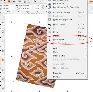Langkah berikutnya adalah menggambar bentuk dasar motif mega mendung ...
