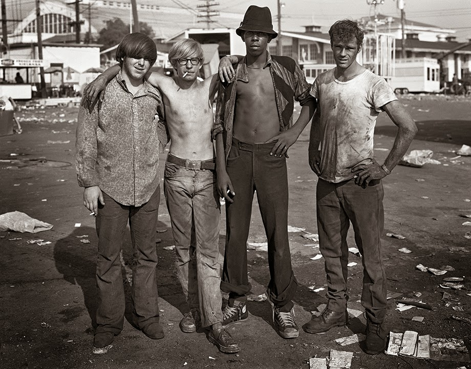 40180621654507457 as well Lewis Hine Harrowing Images Child Labourers Children Young Forced Breaking Work Fields Factories Mines likewise True Life Im A Carnie also Fair moreover History. on old carnival workers