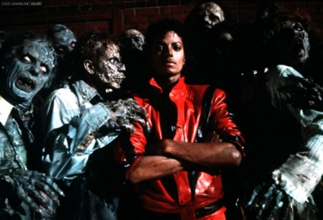 http://1.bp.blogspot.com/-oTNix1tXEoY/TgkSY6hy6QI/AAAAAAAAhWM/RkXbucWGsQM/s1600/Michael-Jackson-THRILLER-2.jpg