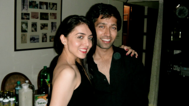 TV Actor Nakuul... Nakuul Mehta And His Wife