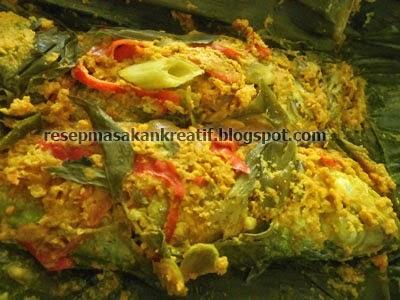Cara Membuat Pepes Ikan Kembung Kemangi
