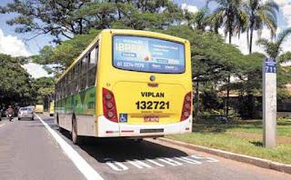 Carros e motos que trafegarem pela Faixa Exclusiva de ônibus na W3 Sul serão multados