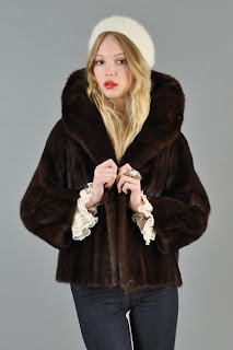 Vintage 1950's dark brown mink fur coat with large collar