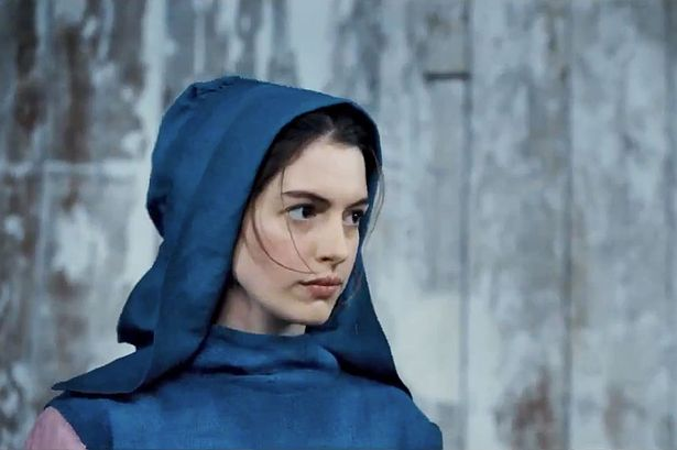 Anne Hathaway as Fantine Les Misérables (2012) movieloversreviews.blogspot.com