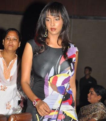 tollywood anchor lakshmi prasanna latest photos