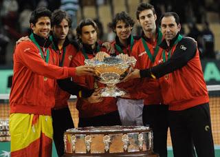 Equipo Español de Copa David con la Ensaladera 2009