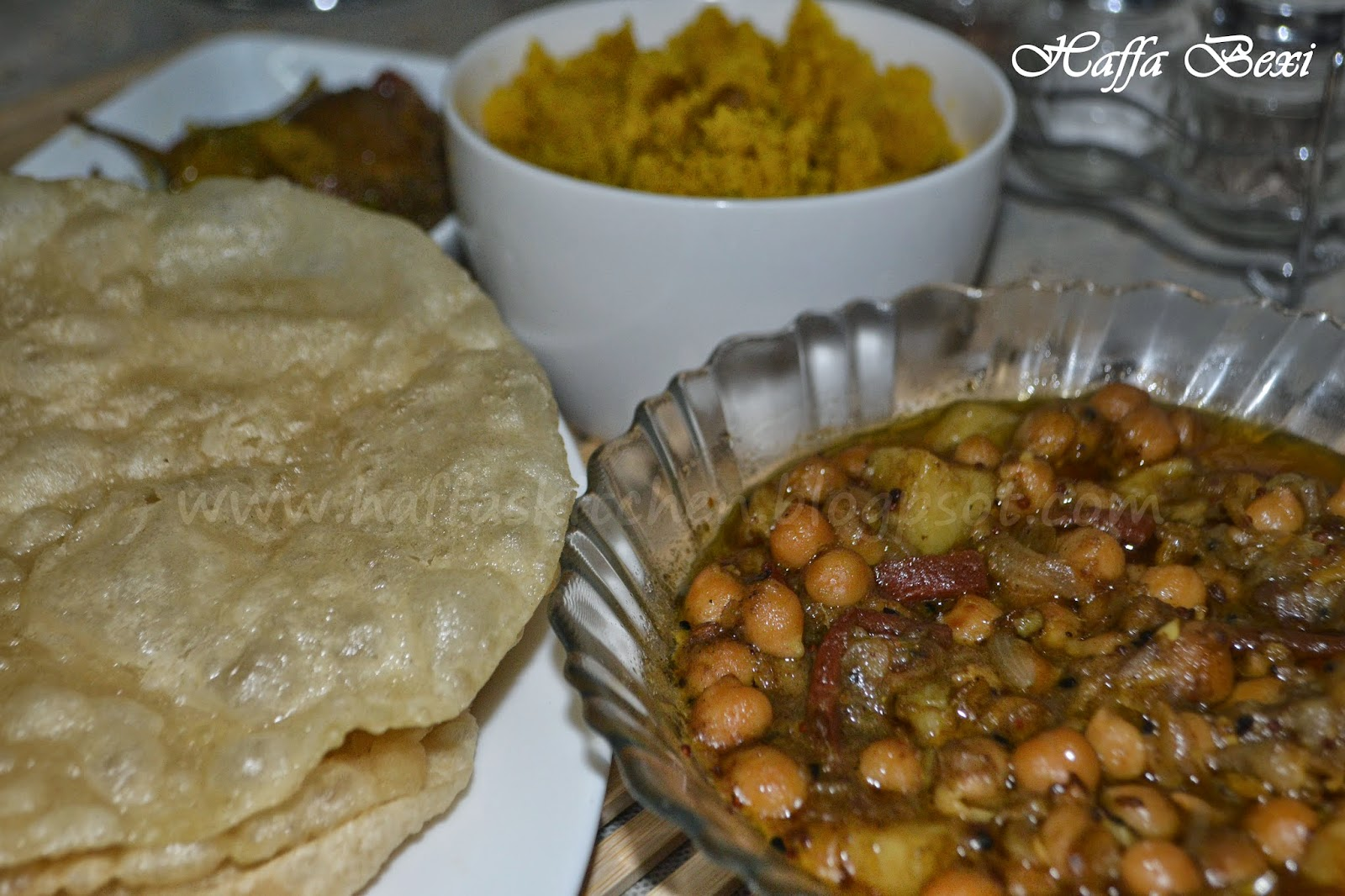 halwa puri recipe| halwa puri cholay recipe| Traditional pakistani breakfast recipe| Indian breakfast recipe| Traditional halwa poori| Halwa Poori bhaajia| how to make halwa puri| halwa poori chana recipe| halwa puri cholay recipe| recipe of halwa|indian halwa recipes|pakistani recipes| halwa poori chana recipe| halwa poori