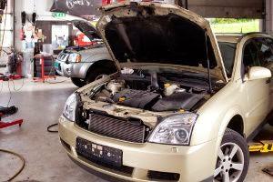 Comment ouvrir un capot de voiture bloqu fiche for Comment ouvrire un garage automobile