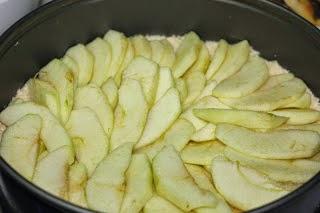 طريقة عمل فطيرة التفاح الباردة