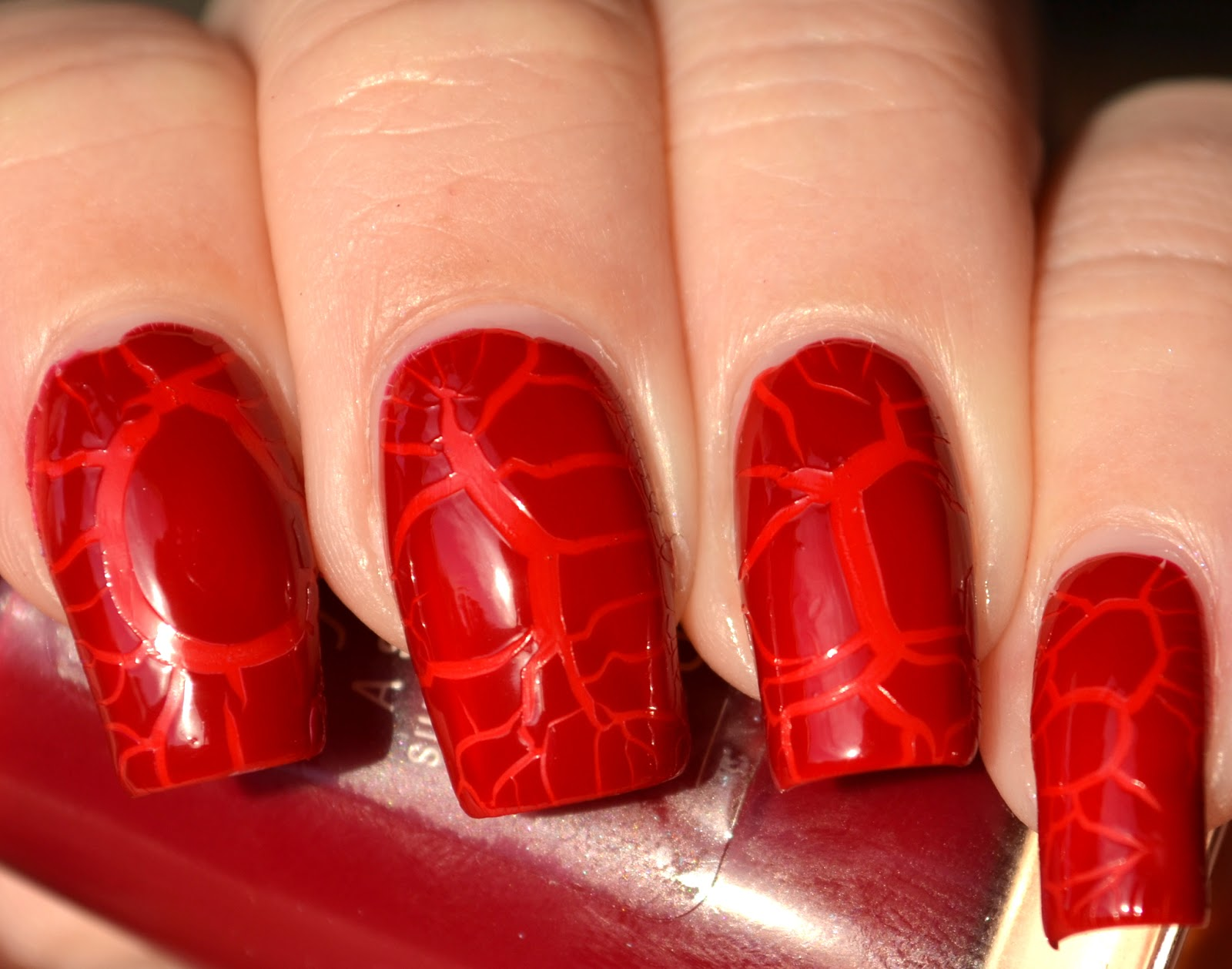 http://lenas-sofa.blogspot.de/2014/03/beyu-ultra-shine-nail-lacquer-138.html