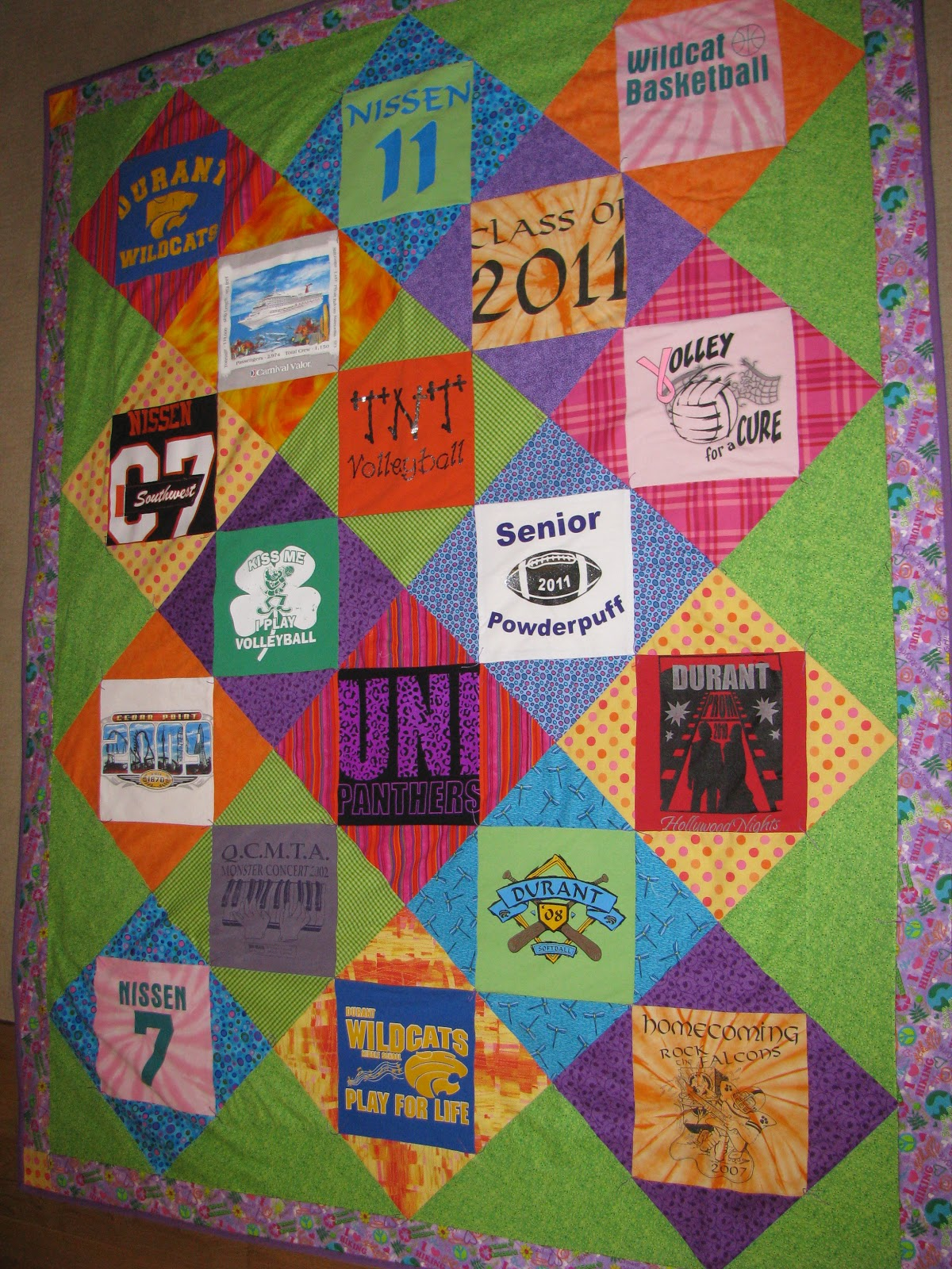 Quilting Designs For T Shirt Quilts : KeepsakeSewing: Graduation T-shirt Quilt