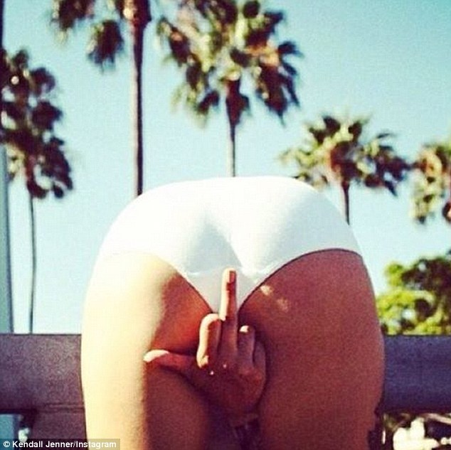 Kendall Jenner Shows Middle Finger in Racy Photo. Message to Tyga on His Birthday?
