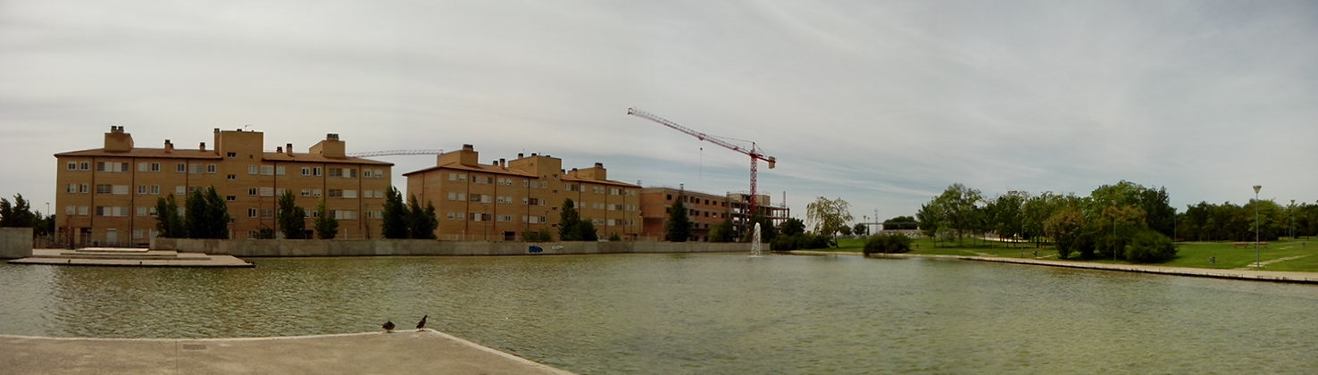 Zgz lugares blog de zaragoza lago de parque goya for Pisos parque goya 2