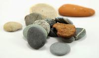 Taschen voller Steine