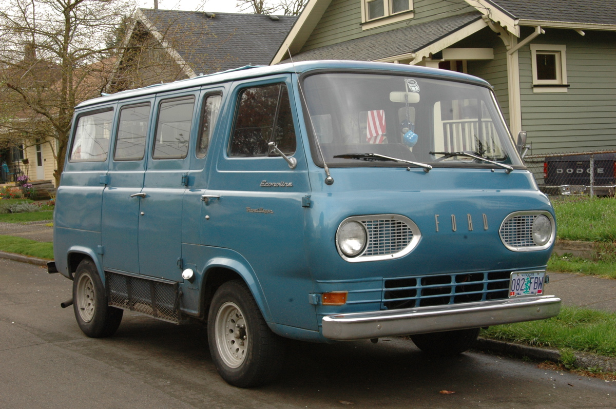 1962 Ford Econoline Travel Wagon Camper Van 1200x767