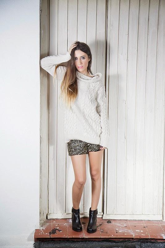 Zara jersey, short; PullandBear botas