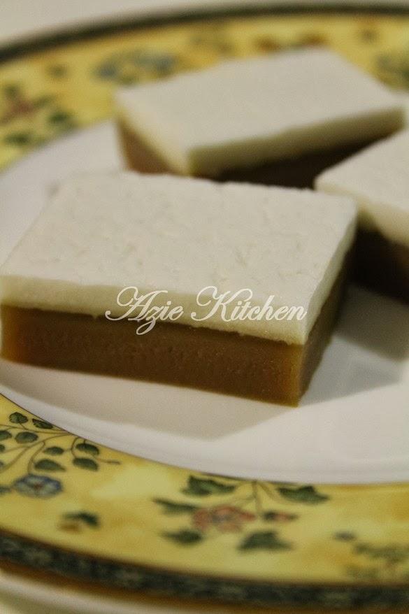 Kuih Tepung Talam Beras Istimewa Azie Kitchen