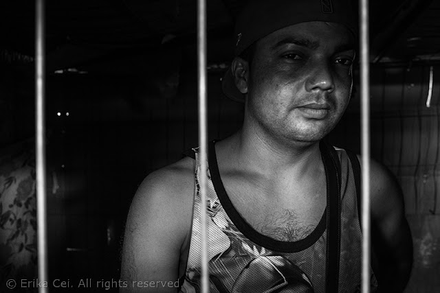 Silos Trieste migranti gabbia