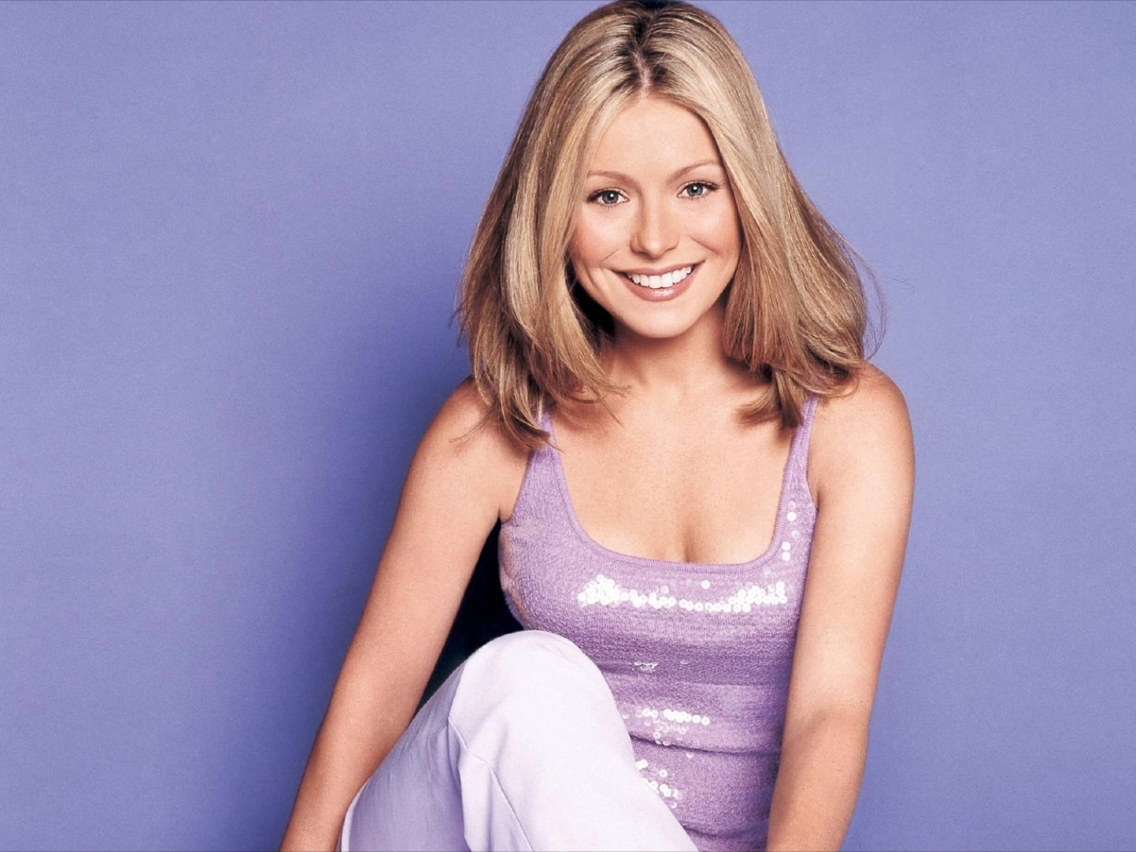 Kelly Ripa Hd Wallpaper