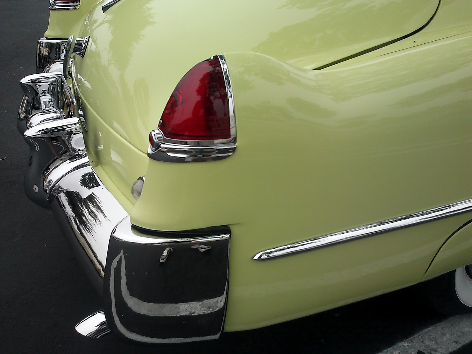 Palm Springs Automobilist Chartreuse 1949 Cadillac V8 Engine Its Not Just A Color Lifestyle
