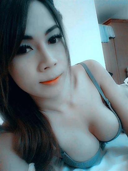 Ảnh gái xinh facebook lộ hàng : batam24h.com