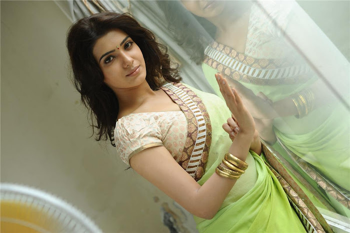lovely samantha saree photo gallery