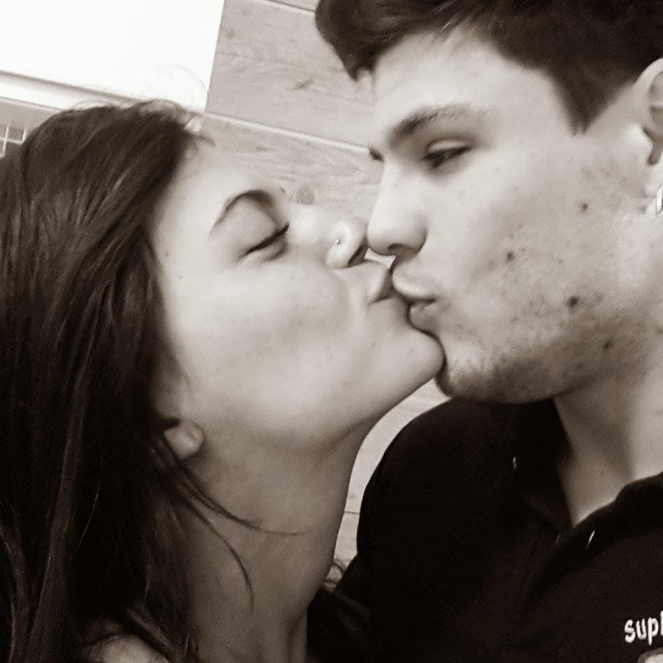 Gustavo Almeida e sua namorada, a personal trainer Karina Germano