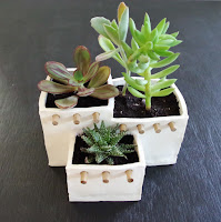 http://www.plasteranddisaster.com/adobe-house-planter-out-of-oven-bake-clay/