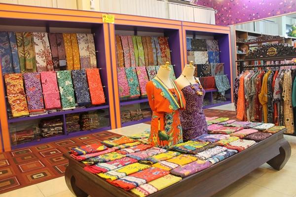 Batik Trusmi di cirebon