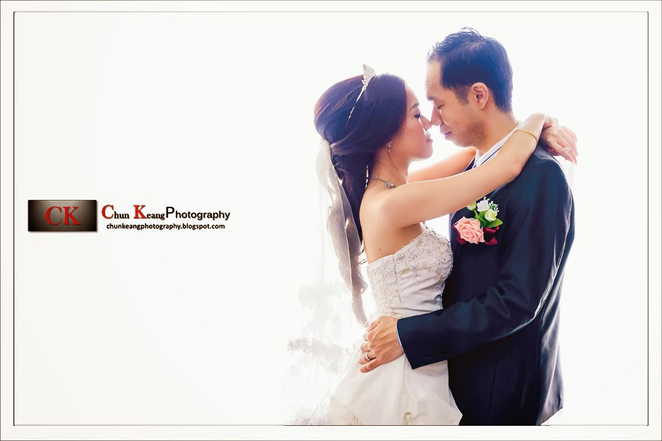 Actual wedding day, Chinese wedding reception, couple photo, Freelance, Maple palace restaurant, Penang wedding photographer, photography price, Wedding ceremony photography, Wedding photographer in penang,