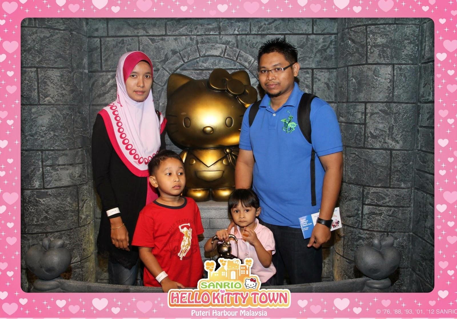 Johor Bahru (Puteri Harbour Hello Kitty)