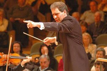 """yaron Maestro de piano y Director de la Orquesta Sinfónica de Valencia """"Yaron Traub"""" 14.de Mayo en Calpe"""