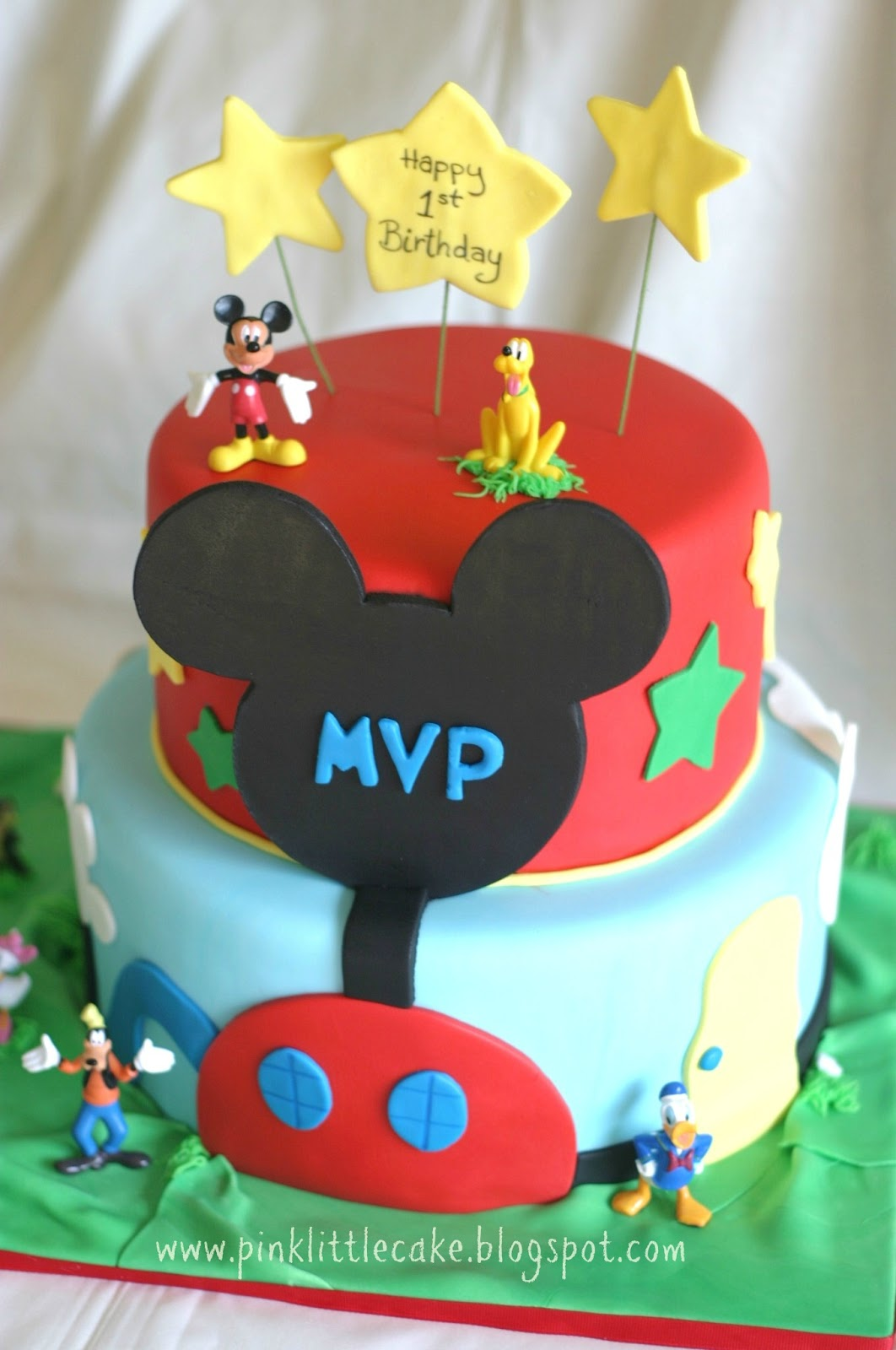 Pink Little Cake: Mickey Mouse Clubhouse Cake