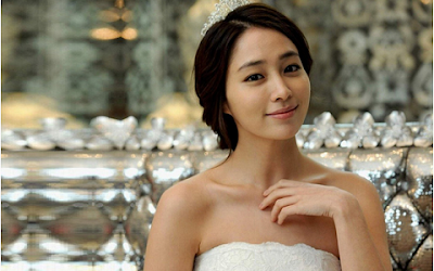 Lee Min Jung as Gil Da Ran