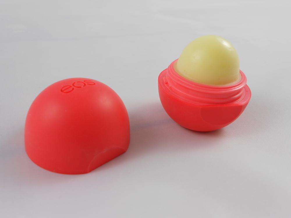 Review: EOS Lip Balm i...