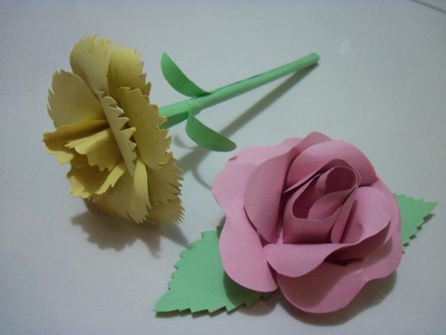 ... bunga kertas, polanya nyontek dari sini . Taraaa .. ini hasilnya