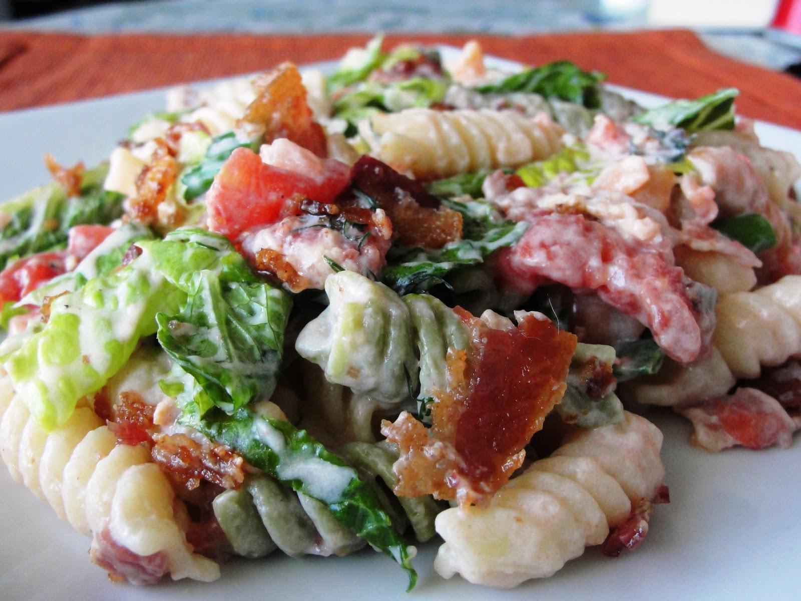 Mommy's Pots and Pans: BLT Pasta Salad