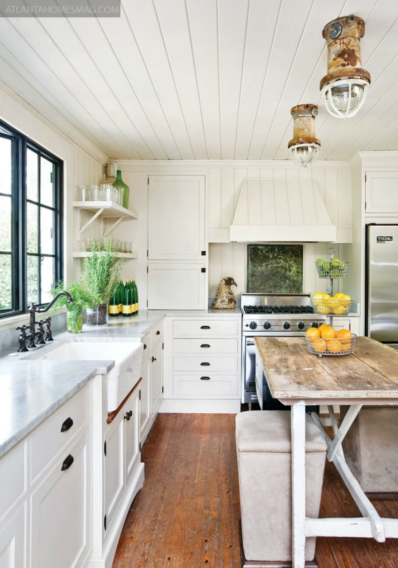 Coastal cottage kitchen with ship lights