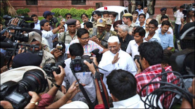 Anna-Hazare at Pariament House on 21st June 2011