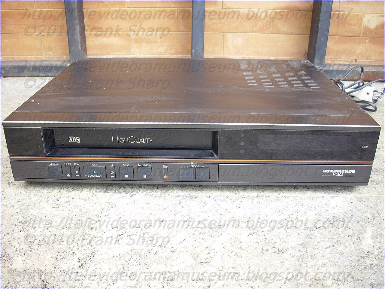 Tele Video Rama Museum !: NORDMENDE (JVC) V1503 YEAR 1988.