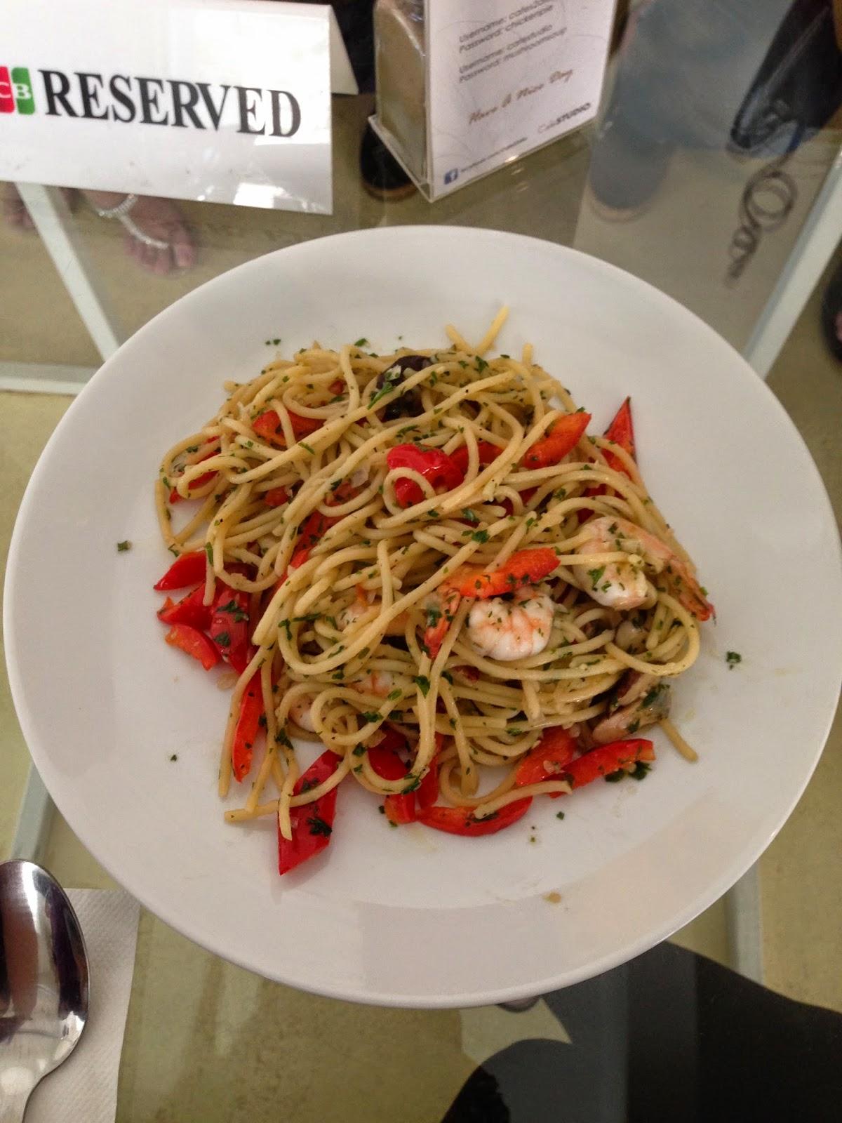 Olio aglio at Cafe Studio