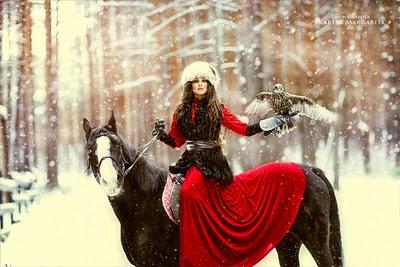 http://www.boredpanda.com/fantasy-photography-russian-photographer-margarita-kareva/