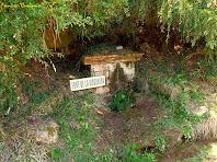 """Vista general de la Font de la Mosquera. Autor: Francesc """"Caminaire"""""""