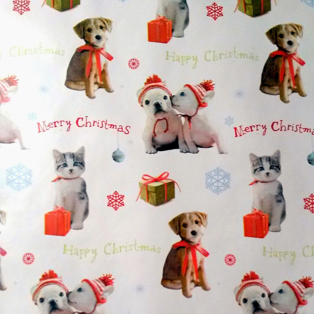 Puppy themed Christmas paper