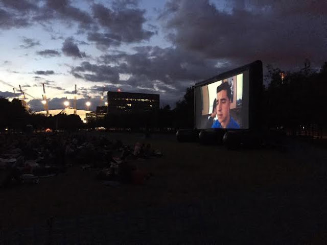 outdoor cinema popup screens 10 things i hate about you london skyline night summer millenium dome lights