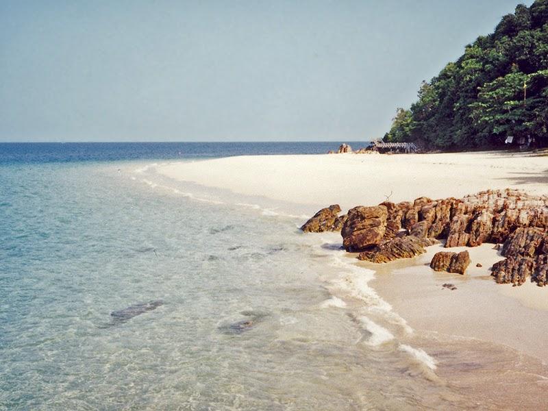 Photo de plage sur l'île de Kapas en Malaisie