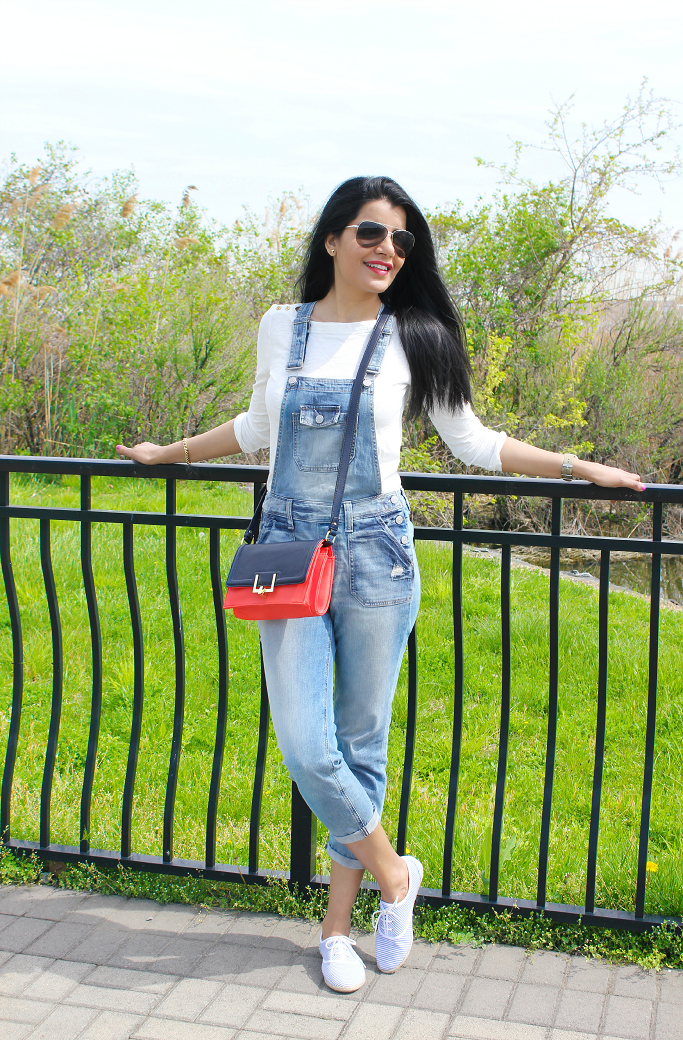 Express Boyfriend Denim Overalls, Denim Overalls, How to wear denim overalls, Denim overalls for adults, Target Colorblock Satchel,