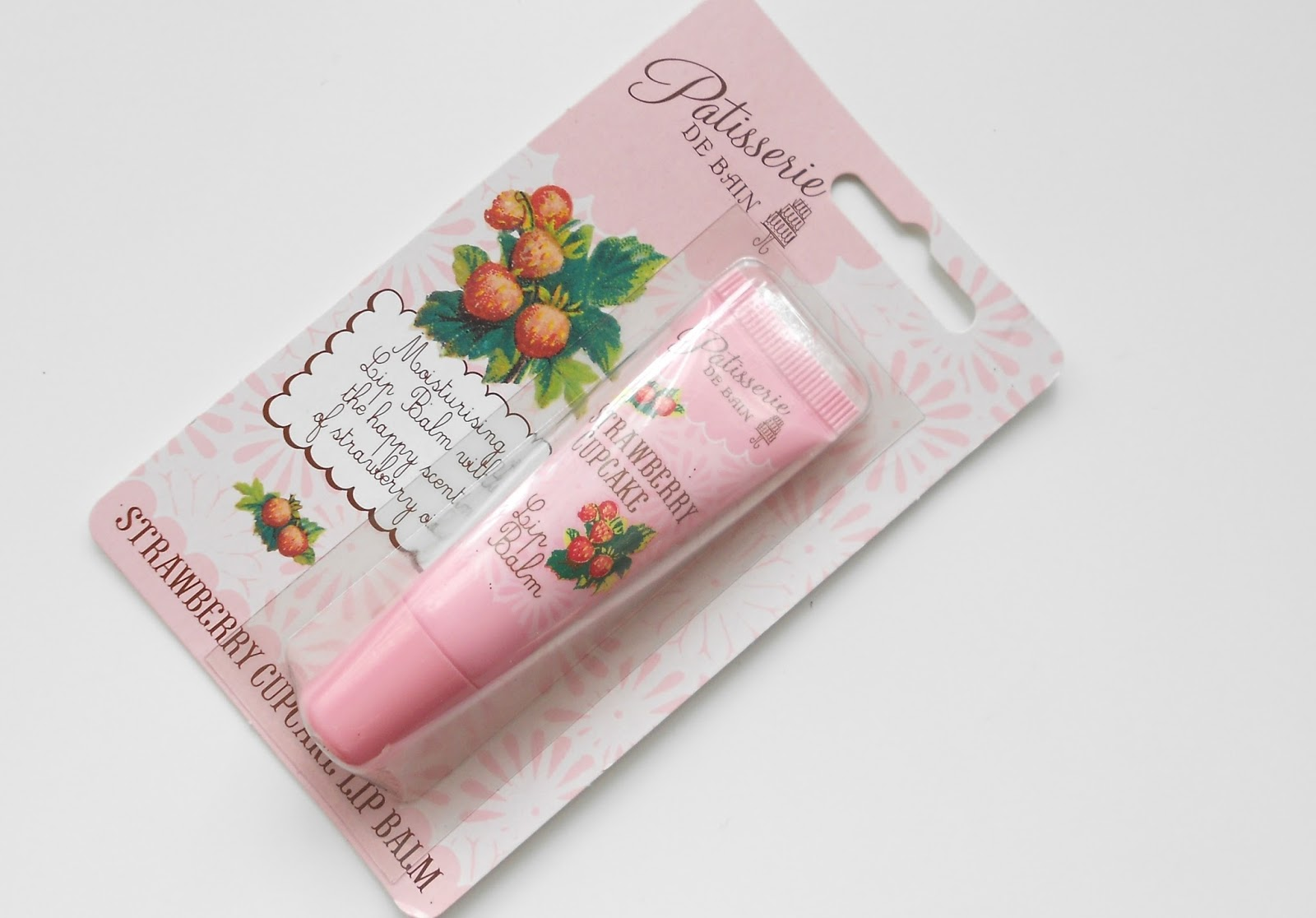 Patisserie de bain strawberry cupcake lip balm