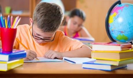 Jangan Salahkan Anak Jika Anak Malas Belajar