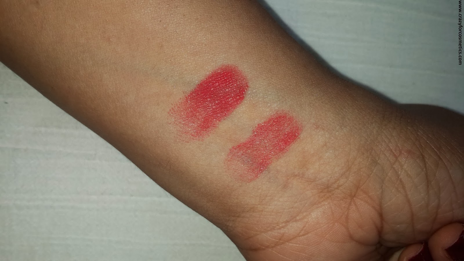 NYX Cosmetics Single Eyeshadow Sunrise swatch under flash light